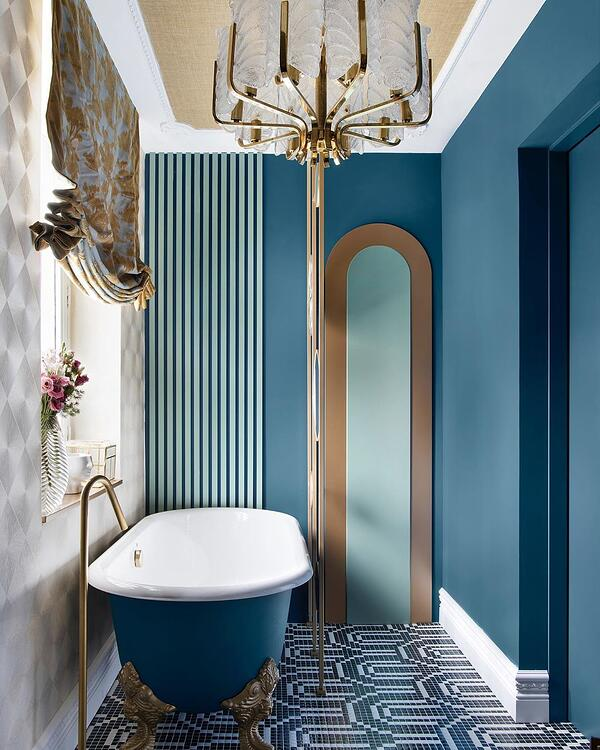 delectable blue bathroom at The Berries Club
