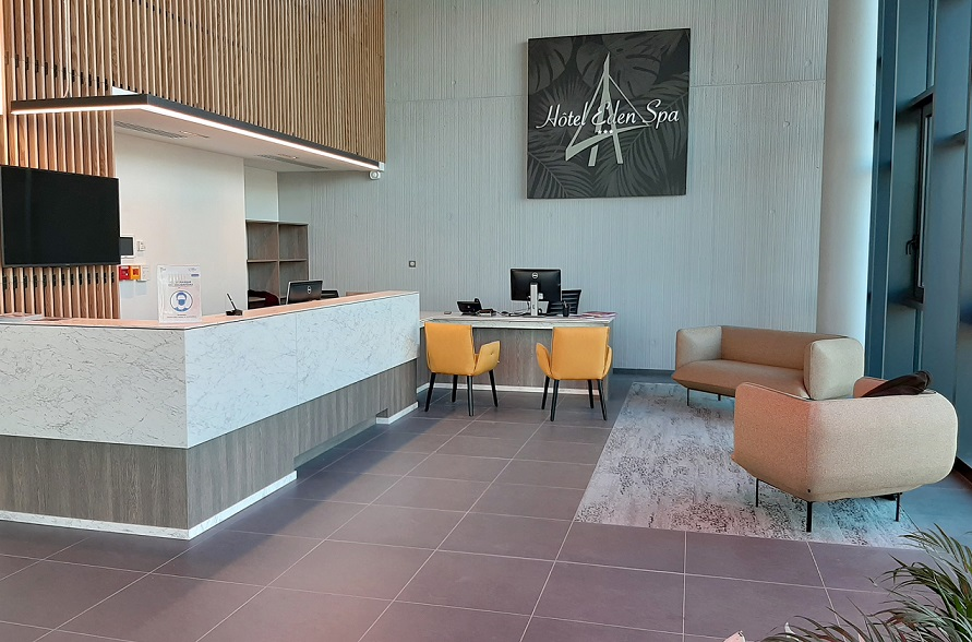 Hotel Eden Spa Honfleur lobby