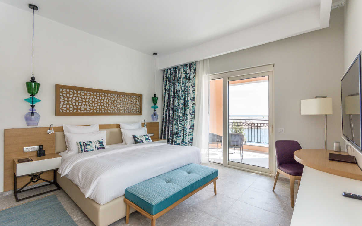 Chedi Bay Hotel Deluxe Corner Suite With FR-One fire retardant fabrics