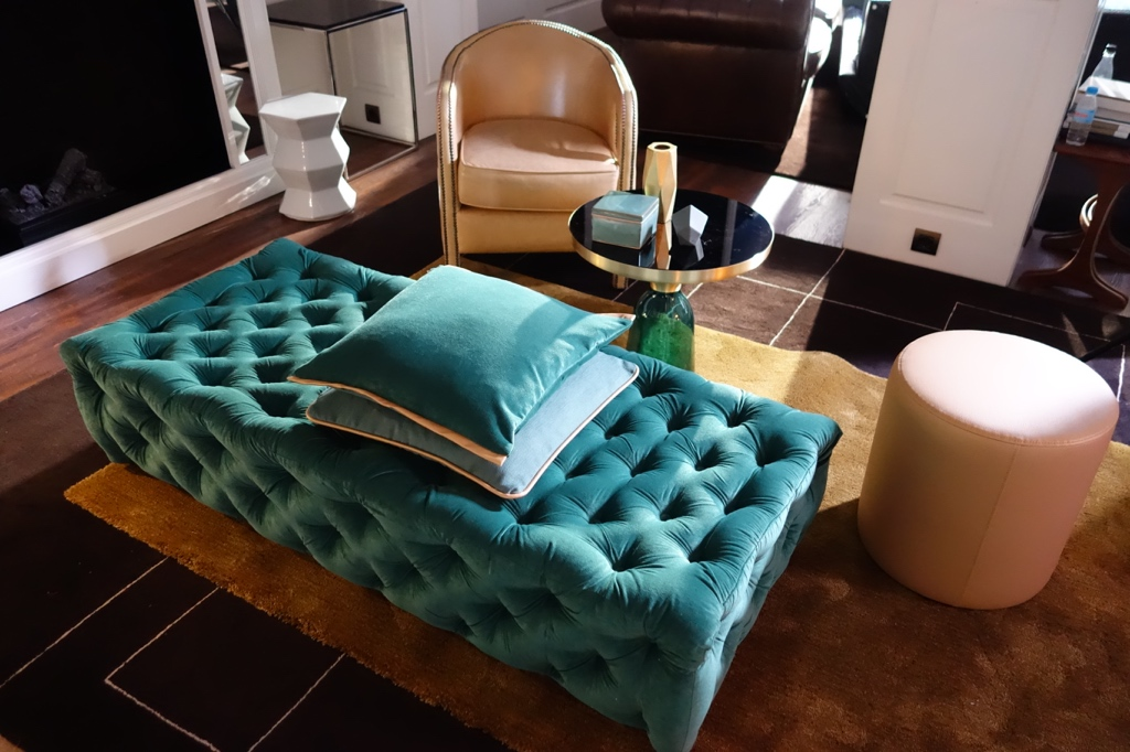 inherently_flameretardant_furnishing_fabrics_velours_velvet_interiordesign (3)